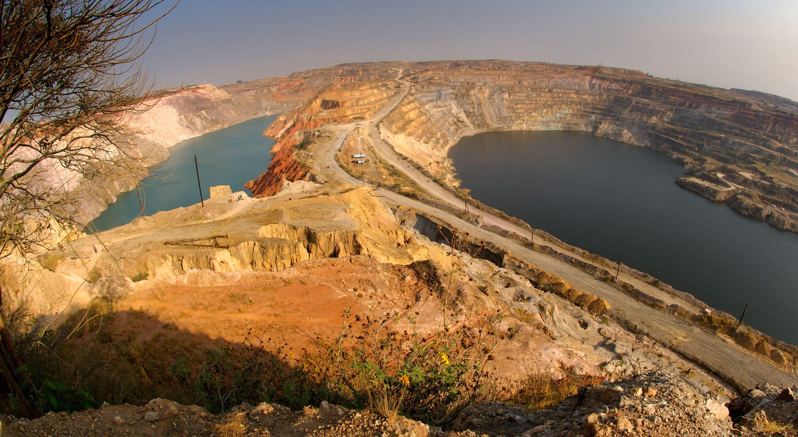 Katanga Mining's two open pits