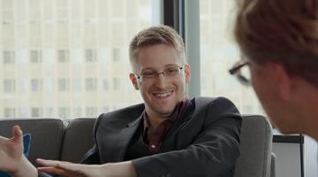 Edward Snowden talks with Süddeutsche Zeitung